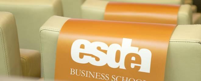 graduación Esden